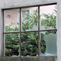 Emergency glazier shop windows